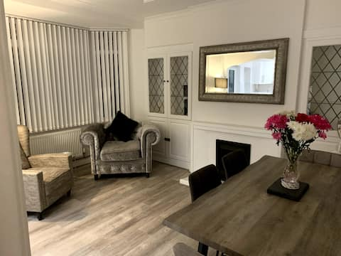 3 Bedroom cosy entire residential home