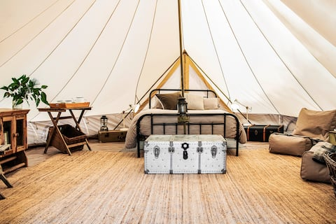 NEW Cosy, luxe, private gourmet farmstay +campfire