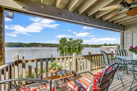 Lakefront Couples Retreat - New Listing