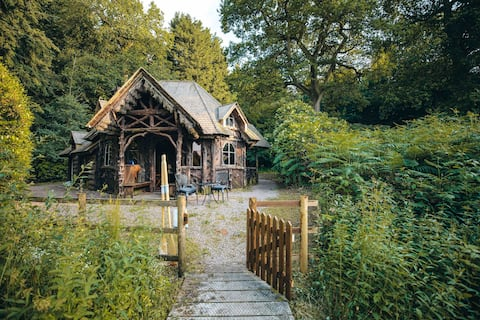 The Hansel and Gretel House in the Woods