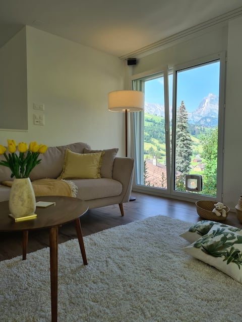 New Chalet with breathtaking views!