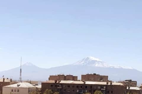 Apartment with 2 balconies and view on Ararat 42m2