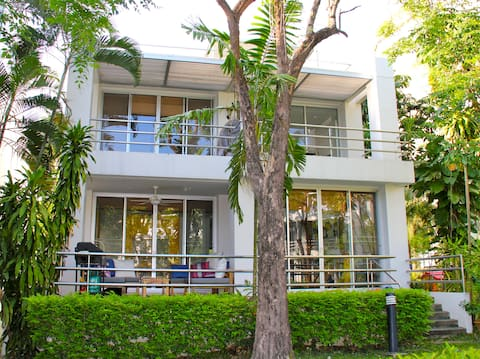 Family Villa on Private Beach - Rim Pae Rayong