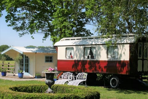 Authentieke zigeunerwagen /pipowagen / tiny house