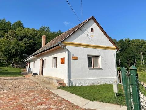 Honeyhouse Kisjakabfalva