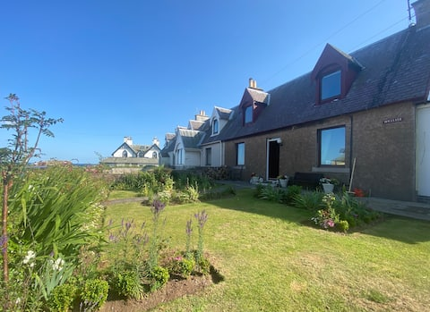 Cosy fisherman's cottage with sea views in St Abbs