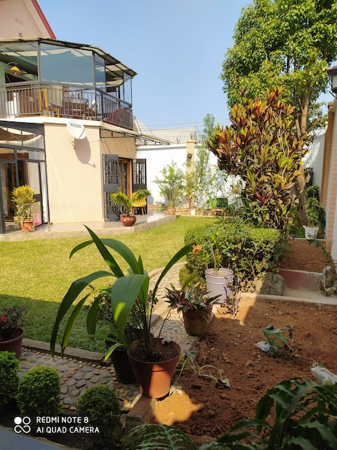 Chambre privée dans superbe villa - Antananarivo