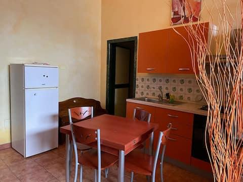 Apartamento de dos ambientes en planta baja