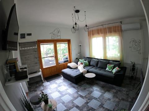 Páfrány apartman max 7 fő részére kerttel