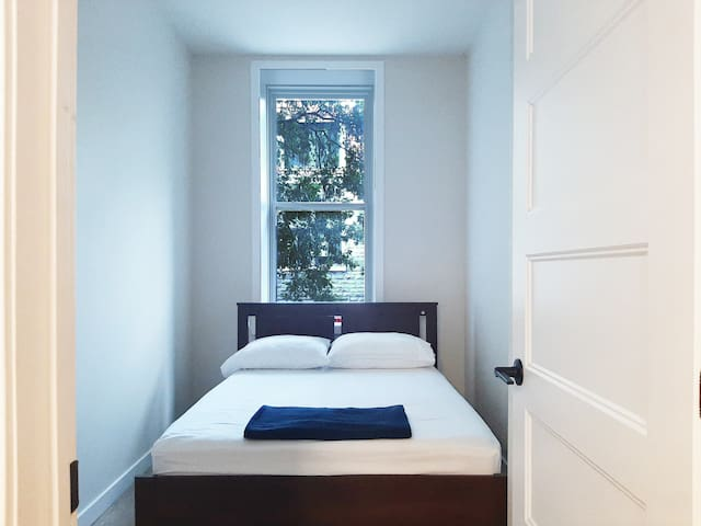 Private bedroom 1 - 1 Double bed