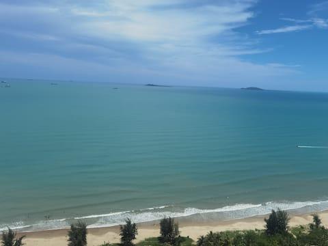三亚湾椰梦长廊\高层躺在床上看海\(看日落更美)\西岛\南山寺\可免费接机
