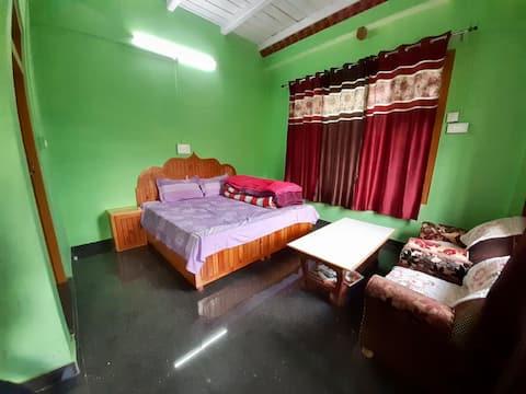 Karthik Homestay Room 5