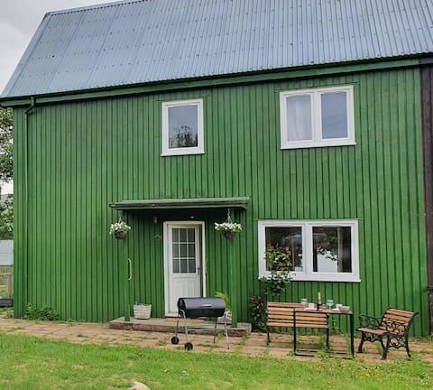 Fogg 's Inn 3-pokojowy dom z jacuzzi