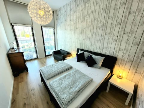 Comfy apartment, 20 minutes from Amsterdam