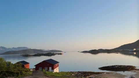 Naustet-Sommarøy, en perle i havgapet!