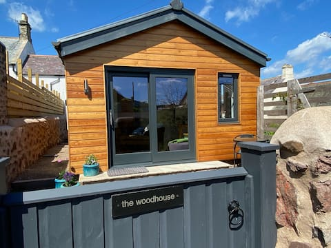 Beautiful small self-contained house in St Abbs