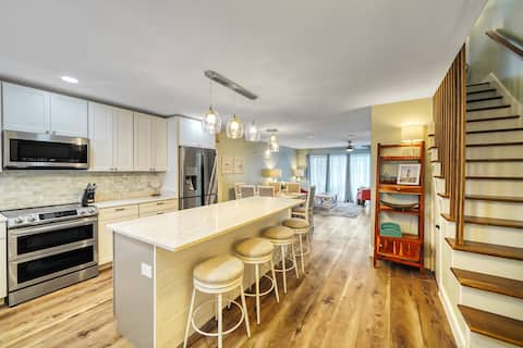 Newly RENOVATED Townhome Near the Gulf