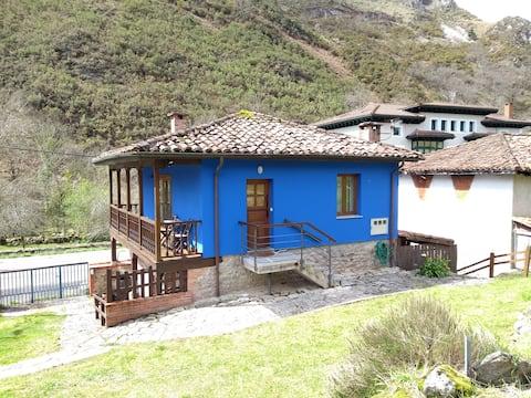 Appartement in Picos de Europa aan de Sella Rivier