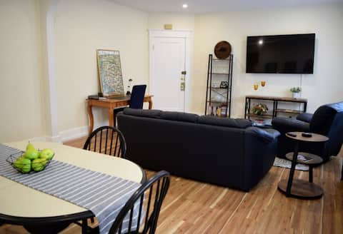 Lovely 2-Bedroom Apartment in North Buffalo