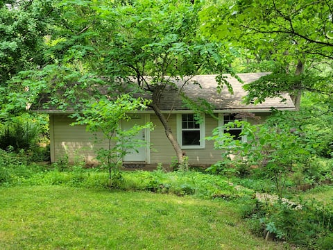 KC Cottage in the Woods