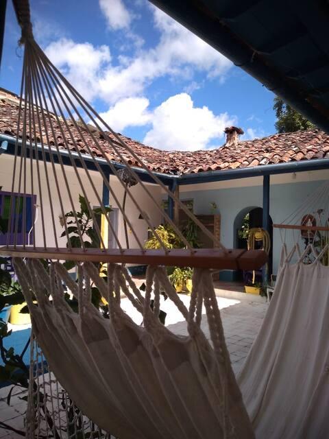 Casa Colonial en el Valle de Tenza, ideal para descansar,para compartir en familia o para conocer sitios turisticos