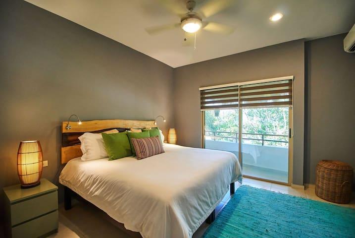 Main room, bed, bedroom, garden view