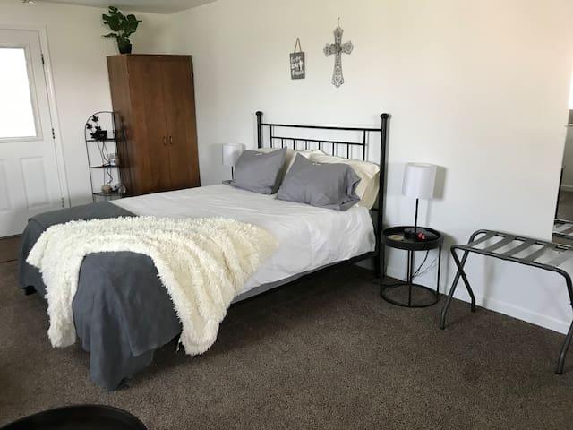 "Bedroom Area, Very Comfortable ""New Bed"""