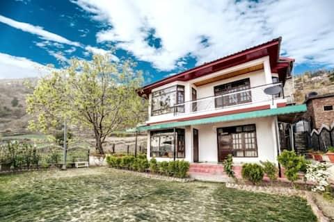 Malt Speyside 3BHK Grand Villa, Sundeck,BBQ Shimla