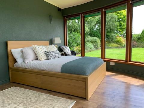 Cosy 1 Bedroom Garden Room for rent in Roscommon