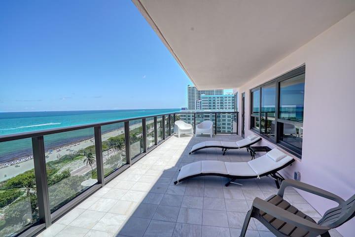 Oceanfront high Floor Apartm 1201 at The Alexander