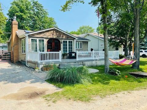 Birchwood Cottage Loft- sleeps 6 adults + 5 kids