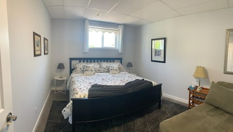 Many Branches ~ 2 bed/1 bath/private entry
