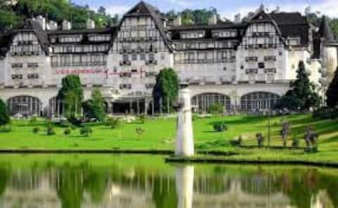 Hotel Quitandinha, com vista.