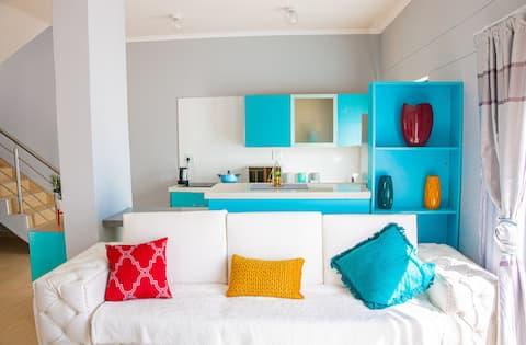 VILLA MICAELA BLUE. Self-catering Accommodation