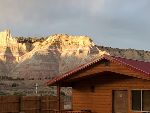 Log Cottages at Bryce Canyon #3