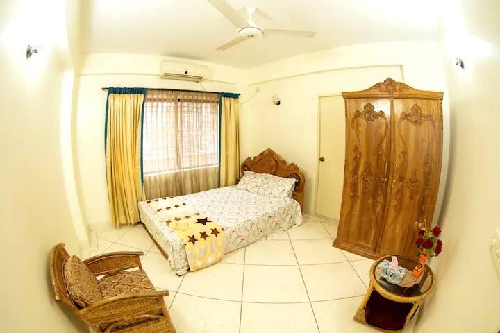 Bedroom - 03