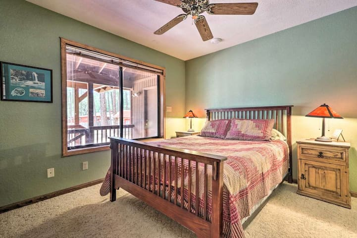 The third bedroom also has a queen bed.