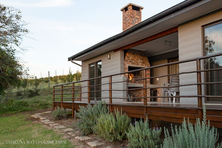Cozy cottage with wildlife views and roars no 3