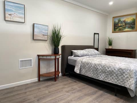 Lovely 1 Bedroom Private Studio
