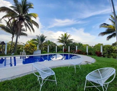 Quinta Santamaria: w/swimming pool and green areas