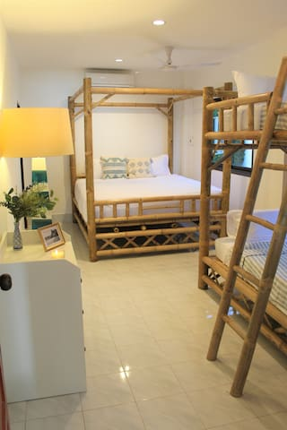 Bedroom 2 - king bed and bunk beds