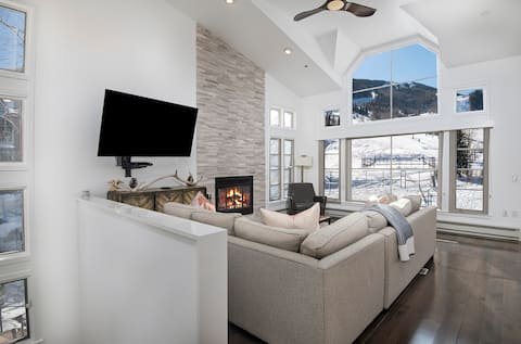 Luxury Ski-in / Ski-out Home