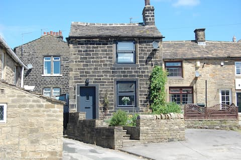 Siglesdene Cottage, a characterful 2 bed cottage.