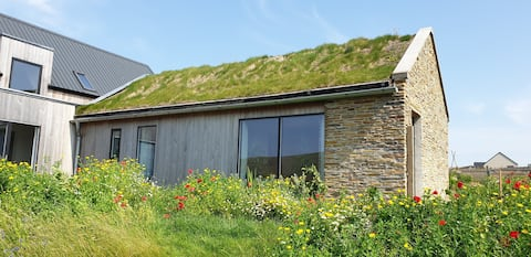 1-bedroom self contained contemporary croft