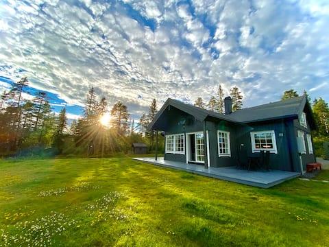 Moderne hytte med alle fasiliteter på Fagerfjell