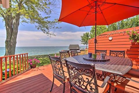 Cozy 3-bedroom Waterfront Lakeside Retreat