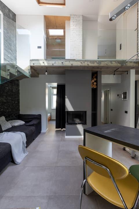 Милые гостевые апартаменты где есть камин
