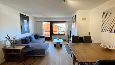 Lovely 2 bedroom apartment with balcony