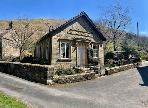 The Old Chapel in the Yorkshire Dales for 4 people