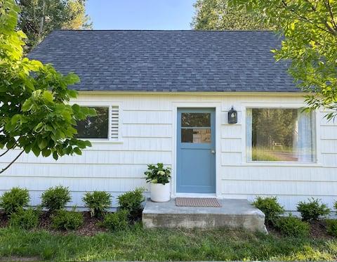 New listing // lovely renovated cottage // Bigfork